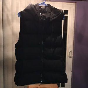 Fabletics Wander Puffer Vest